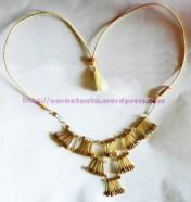 1 T4 neck piece