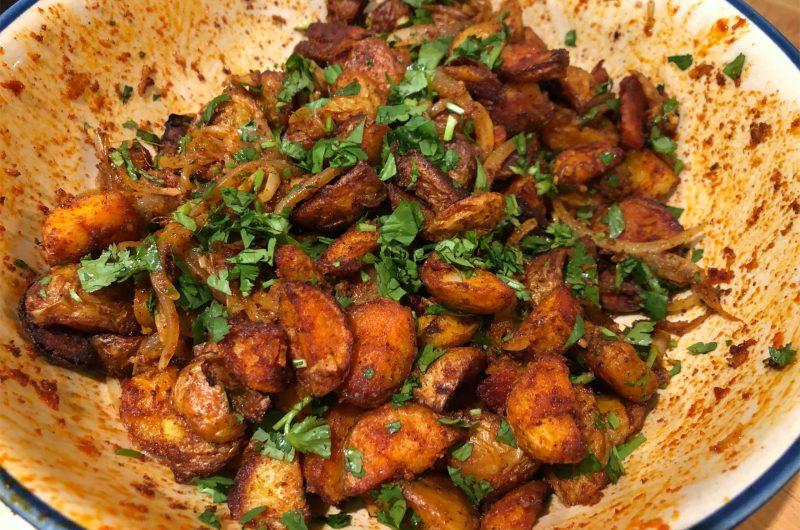 Crunchy Spicy Garlic Potatoes