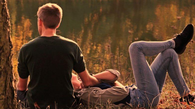 συναισθηματικά διαθέσιμος σύντροφος