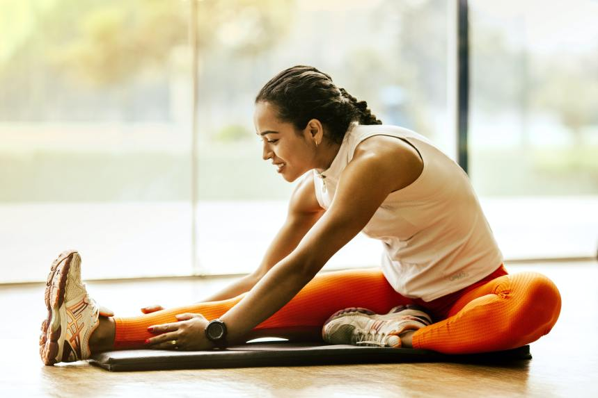 Tips for Stretching Before and After a Workout (and Why this is Important?)
