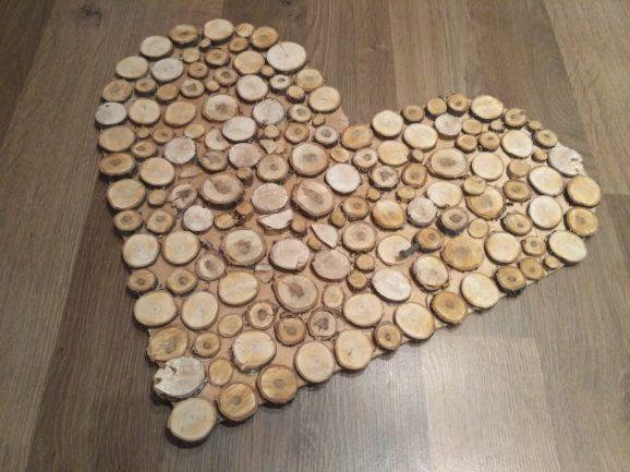 Заказать дизайнерские изделия из дерева, пластика, оргстекла в Киеве