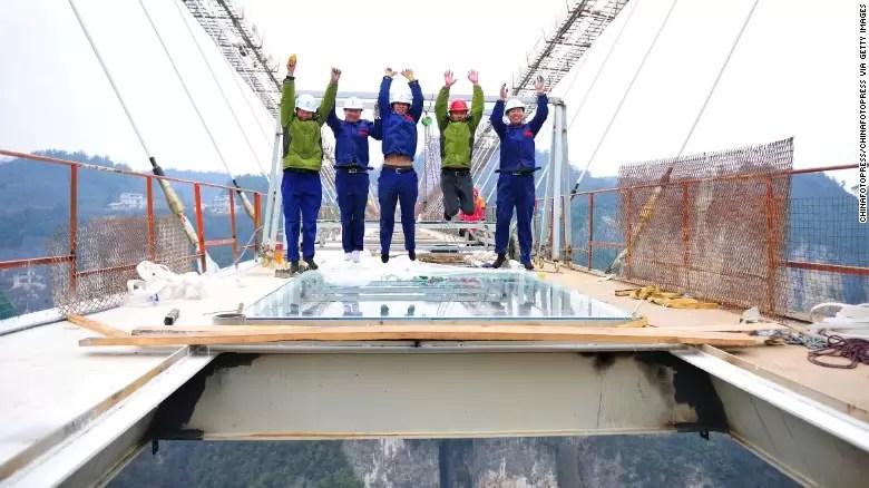 Vidro na Construcao - Ponte em Hunan na China