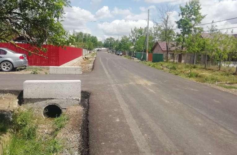 """Viacons Rutier Huși a terminat de asfaltat """"drumul strategic de iarnă"""""""