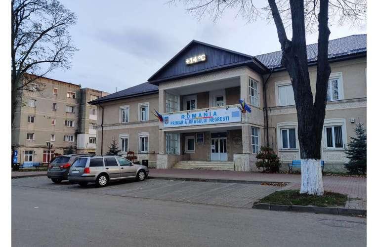 Zeci de scări de bloc din Negrești vor fi dezinfectate. Primăria avertizează cetățenii!