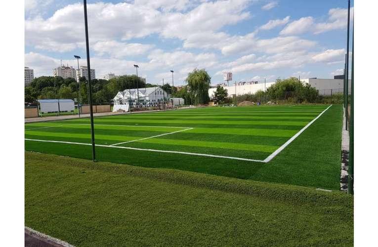 Investiții majore la Liceul cu Program Sportiv Vaslui, terenuri de fotbal și de atletism refăcute complet
