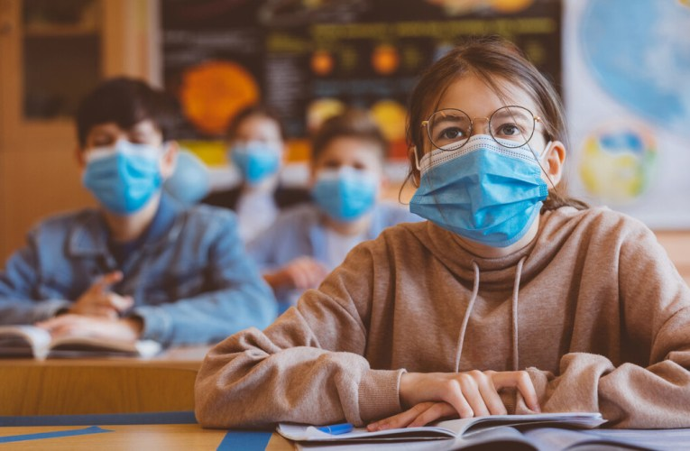 Primăria Bârlad nu alocă fonduri pentru dezinfectanți și materiale sanitare, avertizează deputatul Olteanu