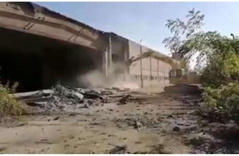 Bârladul va avea supermarket Kaufland! A început demolarea vechilor hale! (VIDEO)