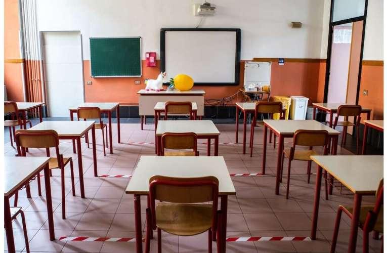 27 de elevi și 21 de cadre didactice au Covid 19 în județul Vaslui! Iată situația la zi!