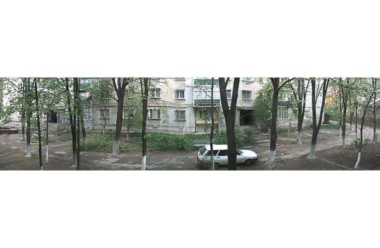 ACUM – Balcon prăbușit la un bloc din zona Călugăreni!