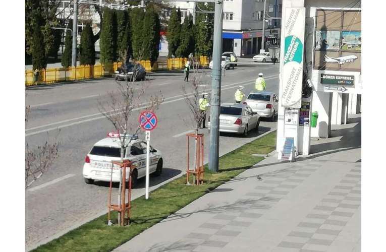 De duminică noaptea, sute de polițiști și jandarmi din Vaslui sunt cu ochii pe dvs! Cu mască și fără petreceri!