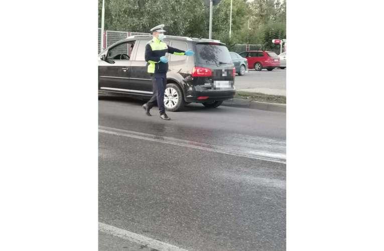 Doi vasluieni cu mașini înmatriculate în Iași au rămas fără permise de conducere! Au tras la măsea!