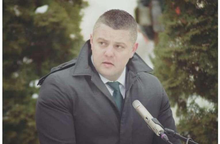 """Furtună politică în învățământul vasluian! Deputatul Popica: """"ISJ a executat directorii de școli în mod pompieristic""""!"""