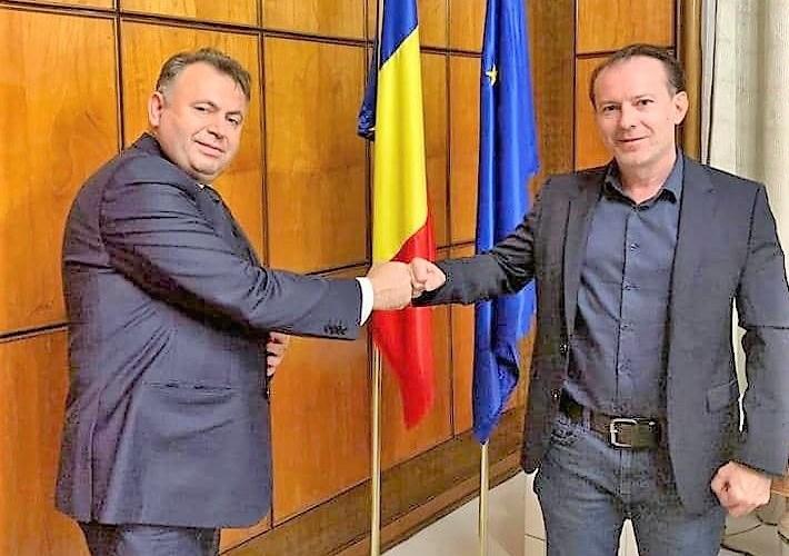 Cu gândul la postul de ministru al Sănătății, Nelu Tătaru lansează ode la adresa lui Cîțu, pe Facebook! Românii îl fac praf!