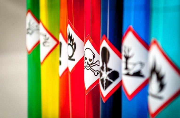 Tone de substanțe periculoase capturate de polițiști