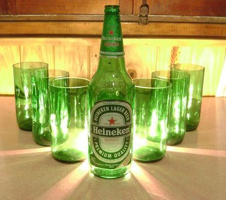 Resultado de imagen para vasos hechos con botellas de vidrio
