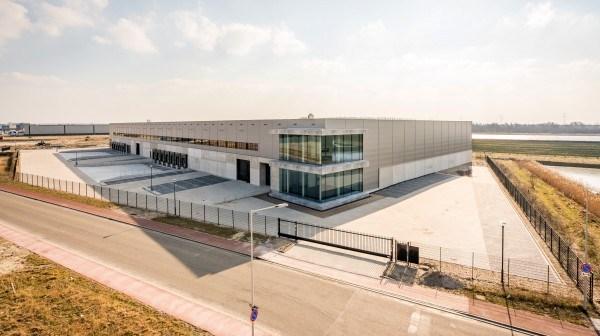 DHG verhuurt 20.615 m² op SMARTLOG Bergen op Zoom