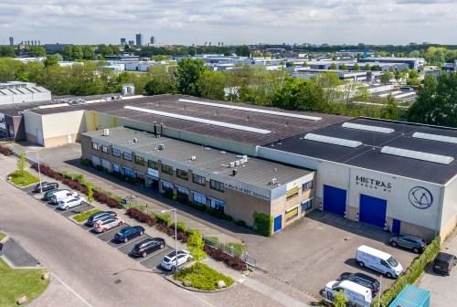 Doucheconcurrent Schiedam B.V. huurt bedrijfsruimte in Spijkenisse