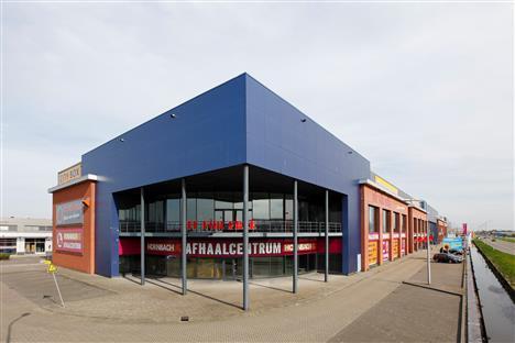 Badkamerwinkel Wateringen B.V. huurt 782 m² winkelruimte in Wateringen aan de 's-Gravenzandseweg 32
