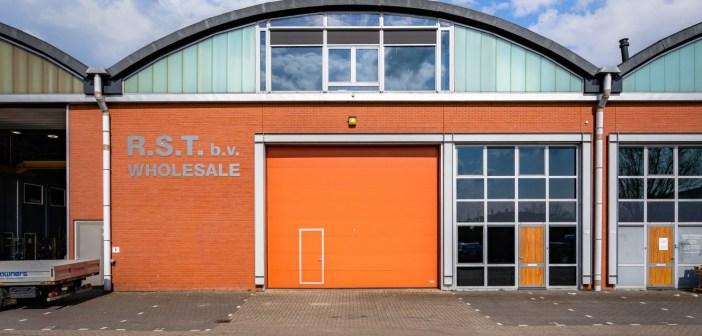 Crowner's Services B.V. koopt bedrijfshal aan de Linschotenstraat 10a te Rotterdam
