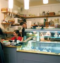 Anna och Ulrica på caféet Socker & Salt i Saltsjöqvarn