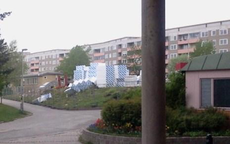Byggarbetsplats på Henriksdalsbergets innergård