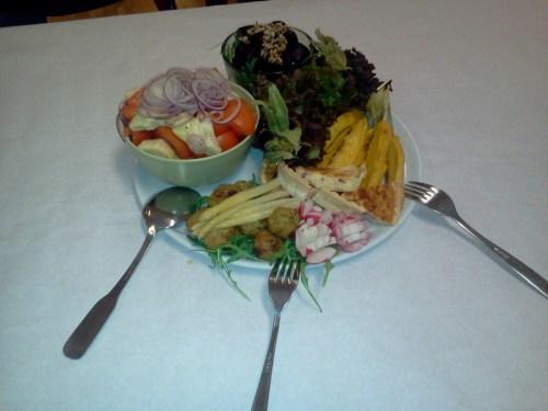 Vegetarisk delikatesstallrik från Active Catering - Danviks Hälsoforums julbord 2011