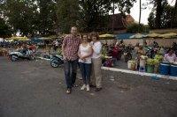 David Herdies, Camilla Skagerström och Ulla Lemberg i Kambodja