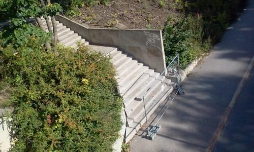 Avstängd trappa mellan DanvikCenter och Hästholmsvägen