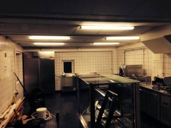 Kvarnholmen, Nacka: Bullandö Glassfabrik öppnar Laboratorium på Kvarnholmen