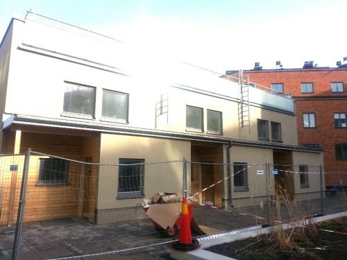 Finnboda, Nacka: Radhusen inom Finnboda Hamnplan väntar på sina ägare