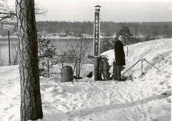 Kjell Johansson på väg ner till Grottan på Kvarnholmen.