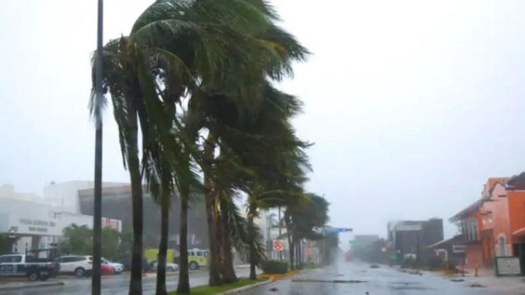 cancun travel tips