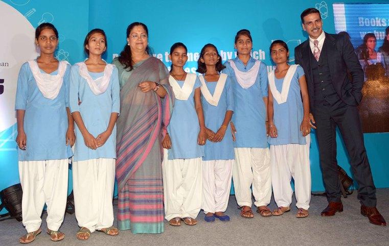Vasundhara raje Akshay kumar MoU with Gems Academy
