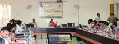cm-at-district-level-officers-meeting-in-Ajmer-secondary-education-board-CMA_3531
