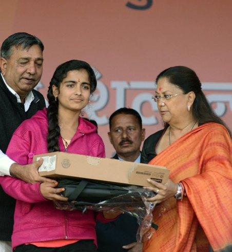 vasundhara-raje-4-years-bjp-anniversary-jhunjunu-rajasthan-CMP_0913