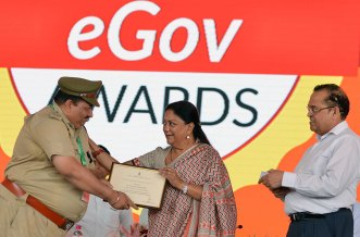 rajasthan-it-day-awards-chief-minister-vasundhara-raje-CMP_6363