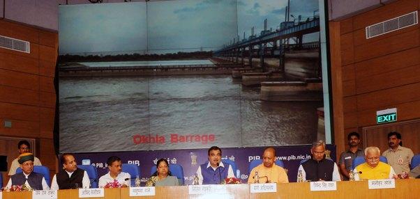 cm-vasundhara-raje-mou-national-media-center-new-delhi-DSC_8002
