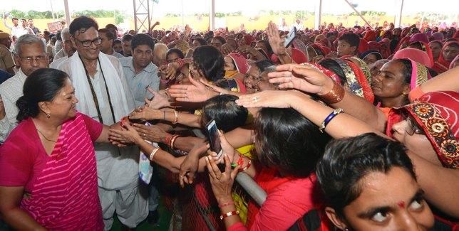 vasundhara-raje-ratangarh-churu-rajasthan-gaurav-yatra-CMP_7896