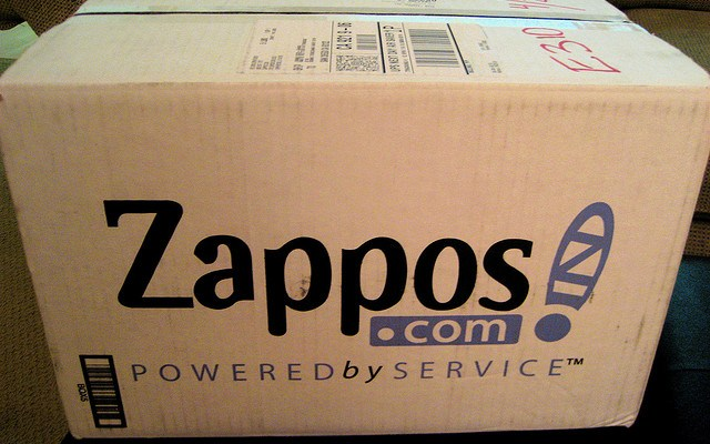 Тайната зад успеха на Zappos: Delivering Happiness