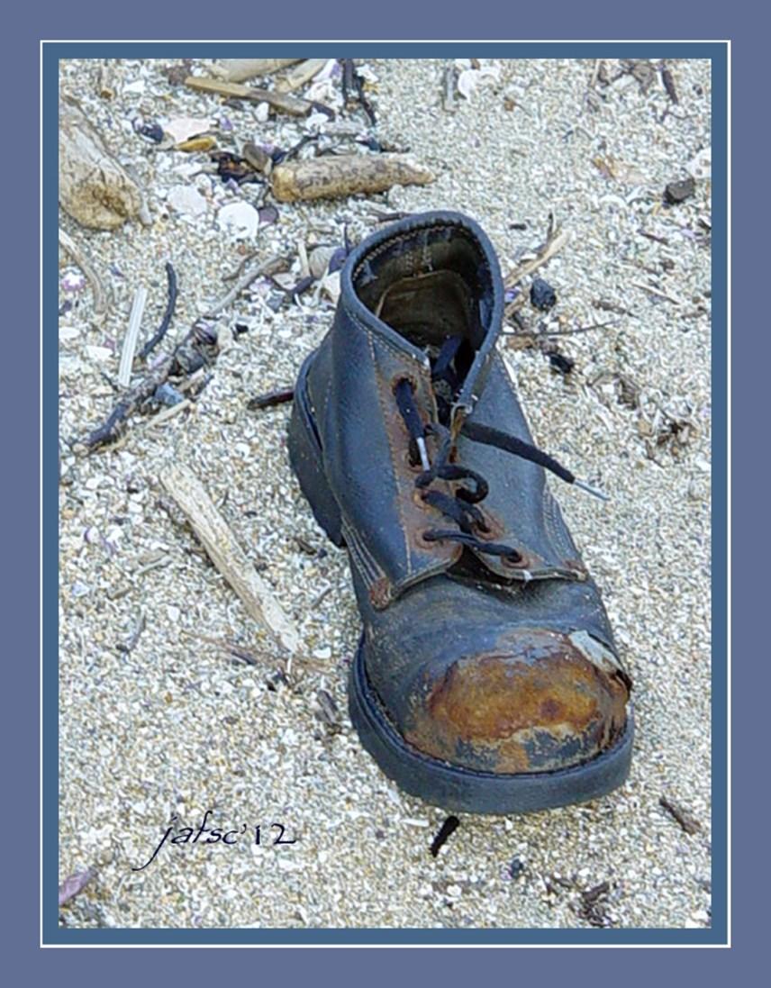 Old shoe abandoned