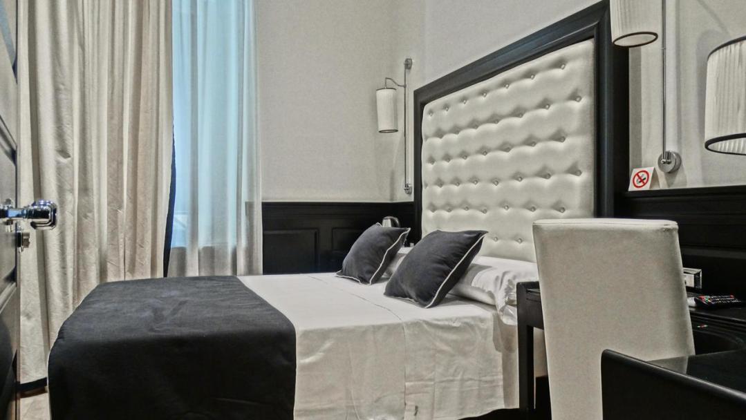 Vaticano Royal Suite Guest House 76236606