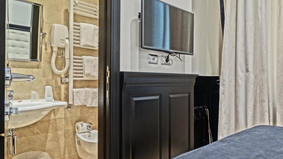 Vaticano Royal Suite Guest House 76236620