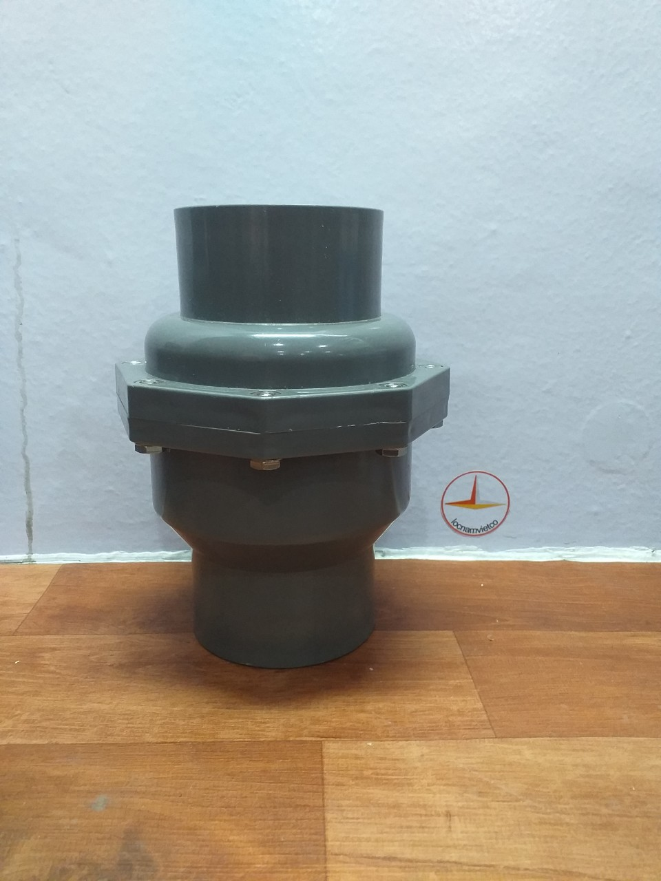 VAN 1 CHIEU 90 NHUA PVC (4)