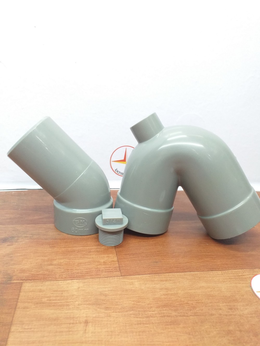 CON THO 60 NHUA PVC BINH MINH (5)