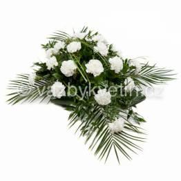 p3-kvetinove-aranzma-kriz-bile-karafiaty