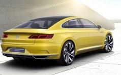 Volkswagen Passat CC фото сзади