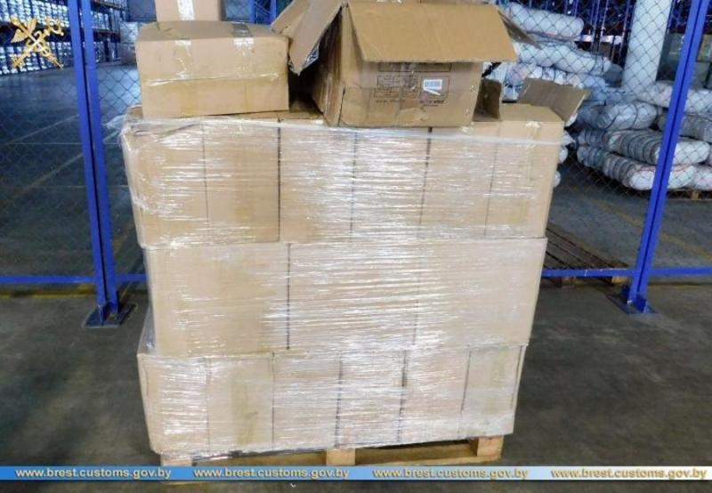 43 тысячи упаковок с бенгальскими свечами