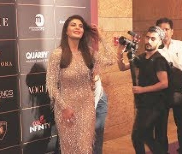 Ht Jacqueline Fernandez At The Vogue Women Of The Year Award