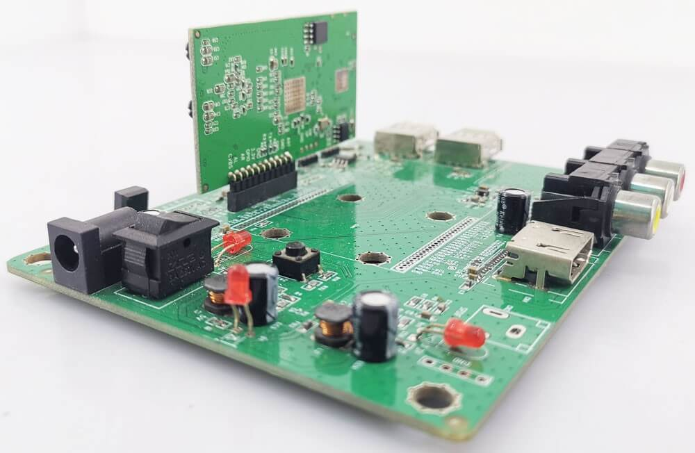 isdb-t module with evaluation kit test board 1