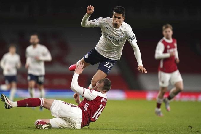 Cancelo di chuyển rộng suốt 90 phút. Cuối trận, anh bỏ lỡ cơ hội nhân đôi cách biệt cho Man City khi đối mặt thủ môn Leno. Ảnh: AP.